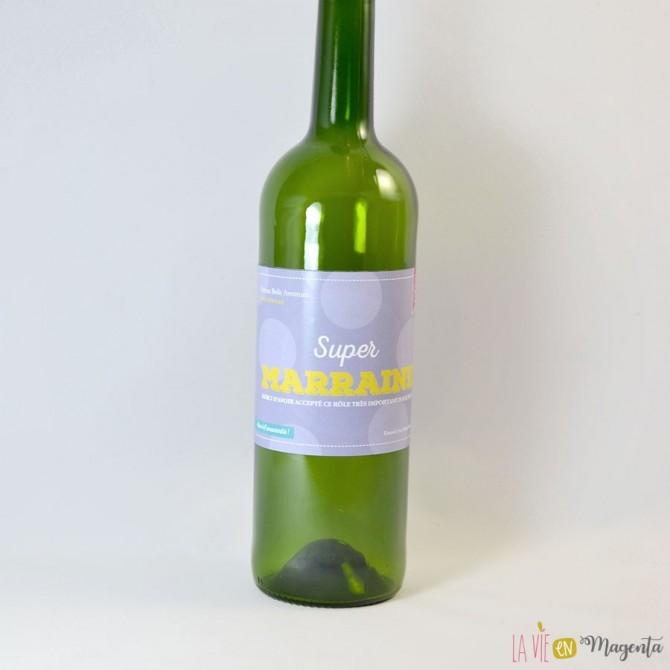 Etiquette de vin Super marraine